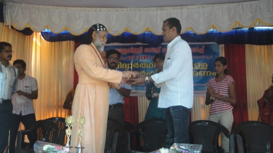 Manoj Coach of Sandhya honored1
