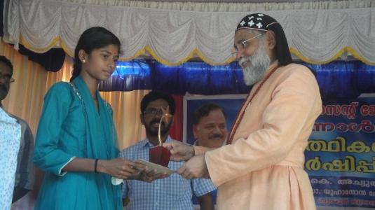 Sandhya honored2