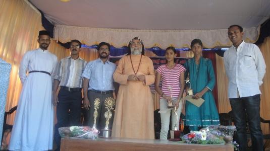 Scholarship winners with HG and vicar Fr Joseph Chamavila2